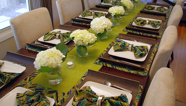 pics for table setting ideas for dinner party. Black Bedroom Furniture Sets. Home Design Ideas