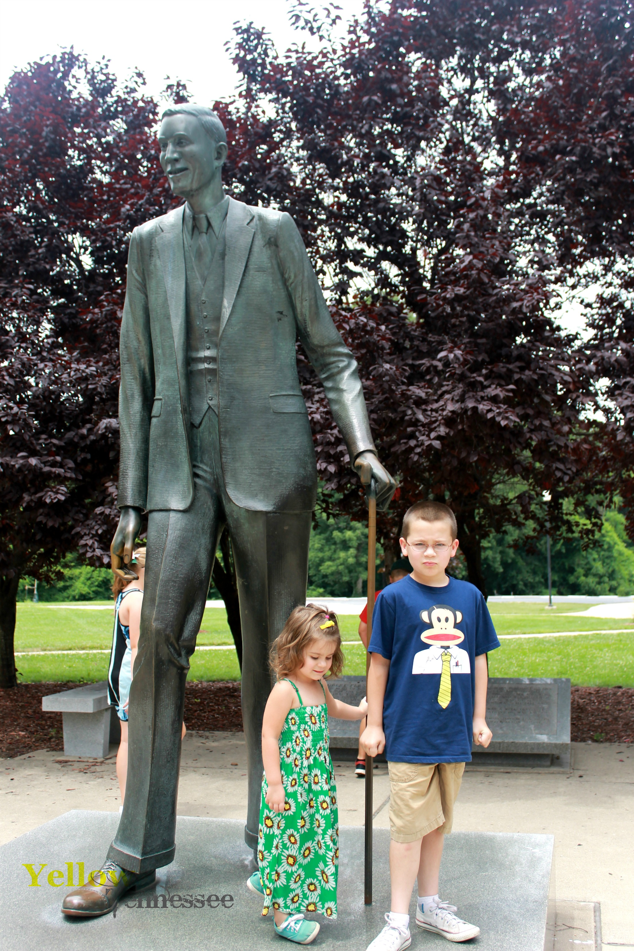 The Gentle Giant Robert Wadlow In Alton Illinois