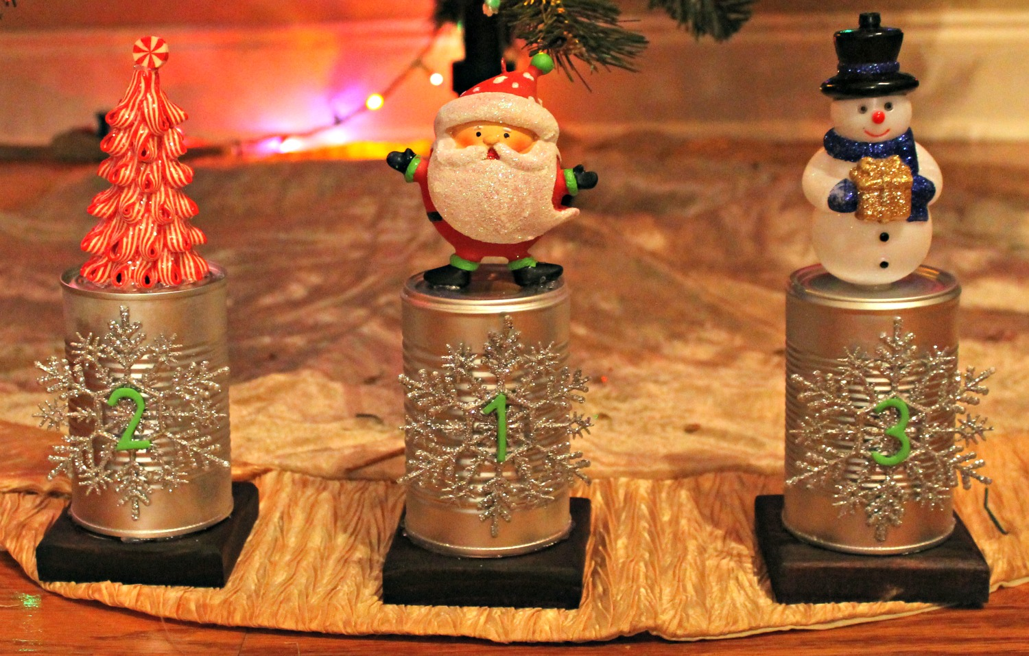 diy christmas trophies